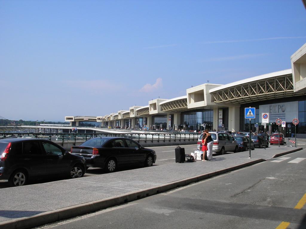 Il terminal 1 di Malpensa. Dal 13 maggio al 2 giugno 2013, i voli di Orio al Serio partono da qui