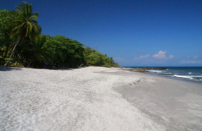 costarica-playa-montezuma