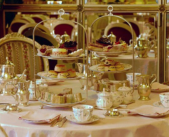 Afternoon-Tea-at-the-Ritz