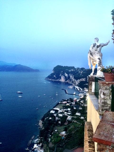 Uno dei panorami più belli d'Italia. E' ad Anacapri, nella terrazza dell'hotel Caesar Augustus