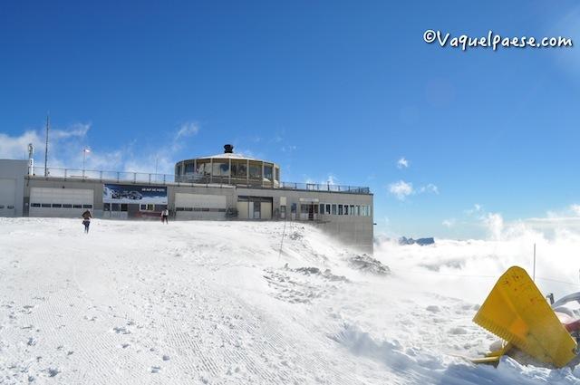 Saas Fee:  con la Metro Alpin verso il ristorante girevole più alto del mondo