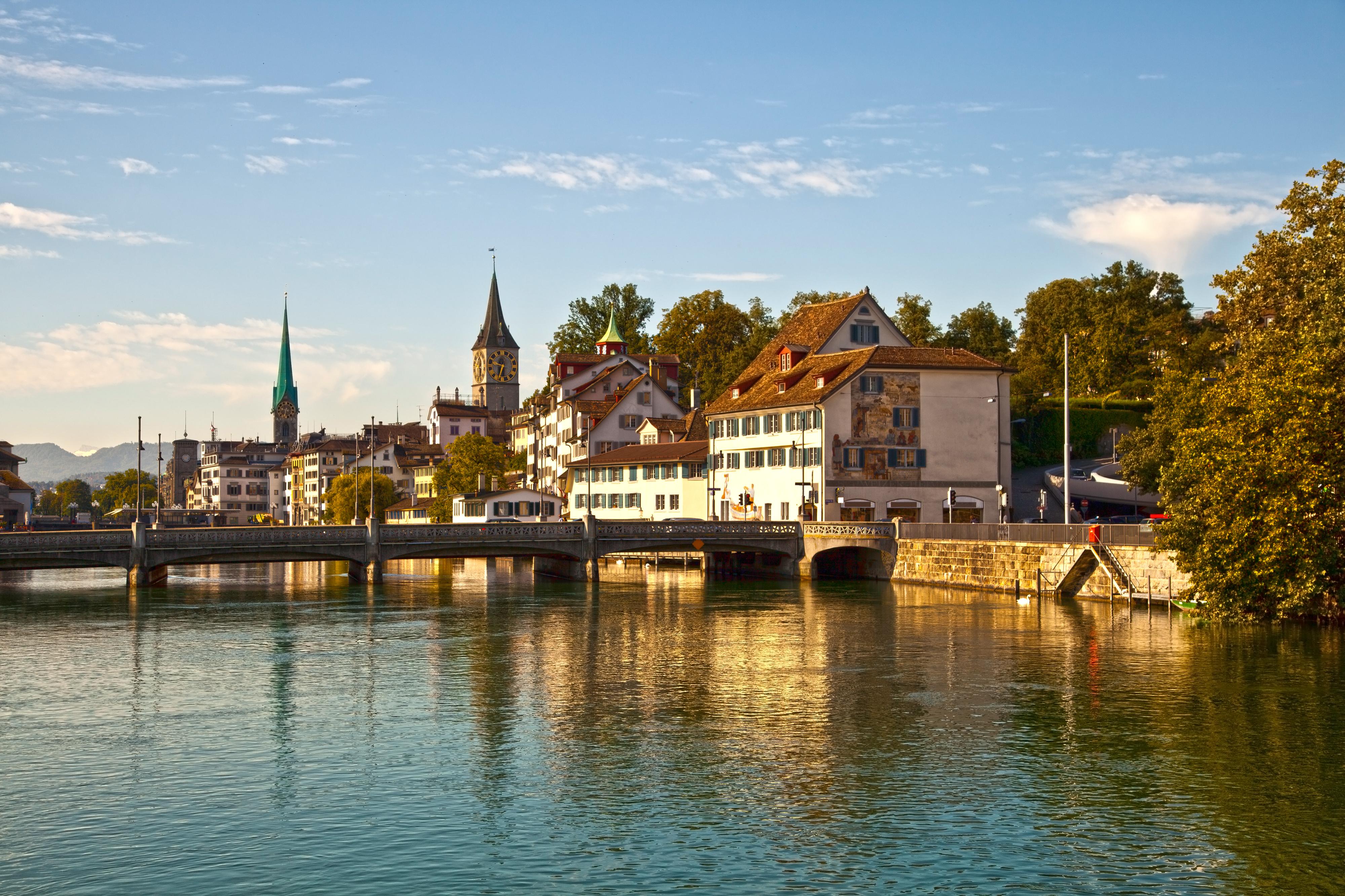 Slow tourism a Zurigo sulle vie d'acqua
