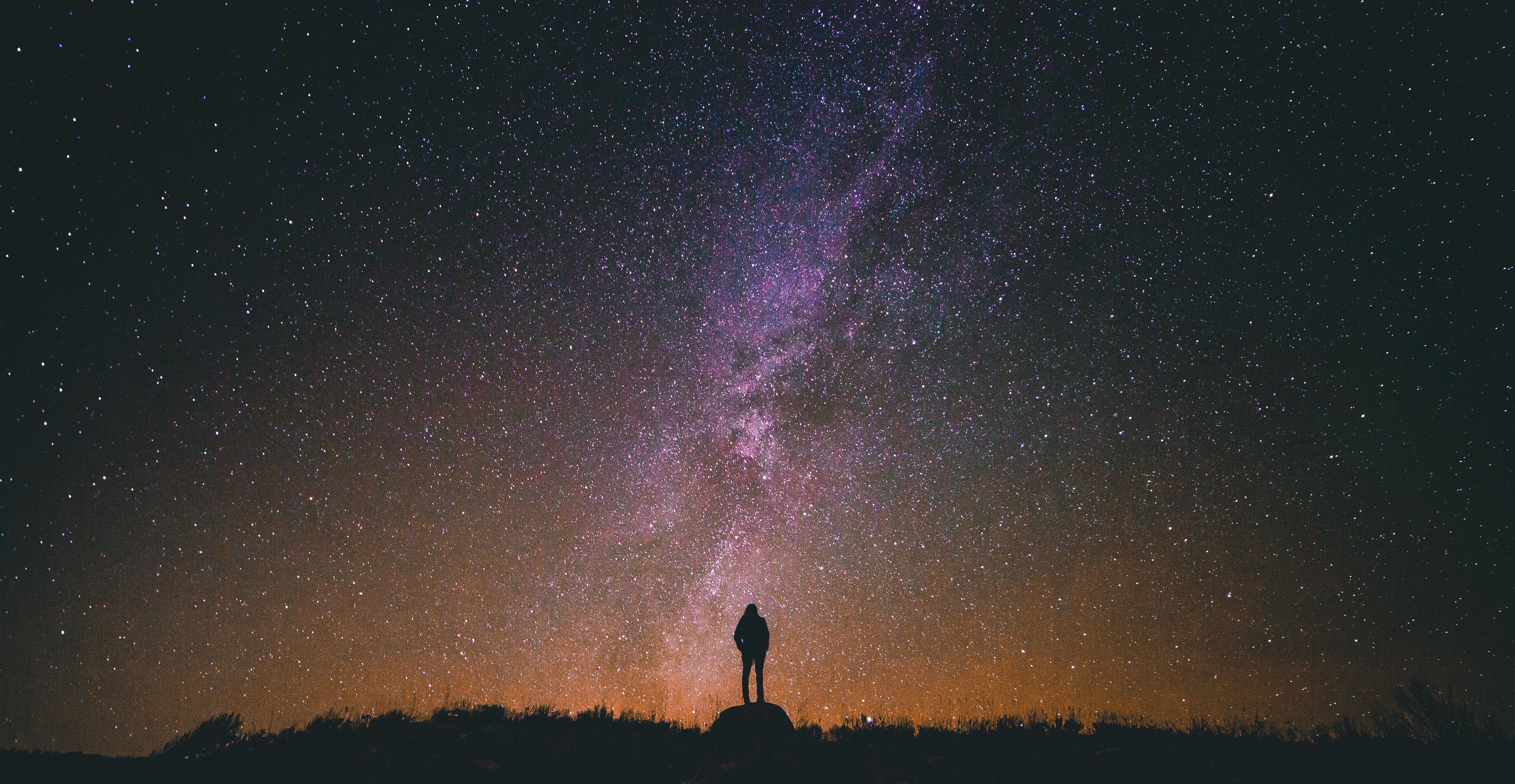 Da perderci il sonno: 10 posti pazzeschi dove andare a vedere le stelle