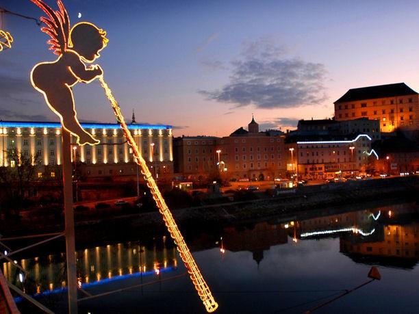 Tutti i mercatini di Natale di Linz: offerte e cose da fare, tra contadini e prodotti tipici