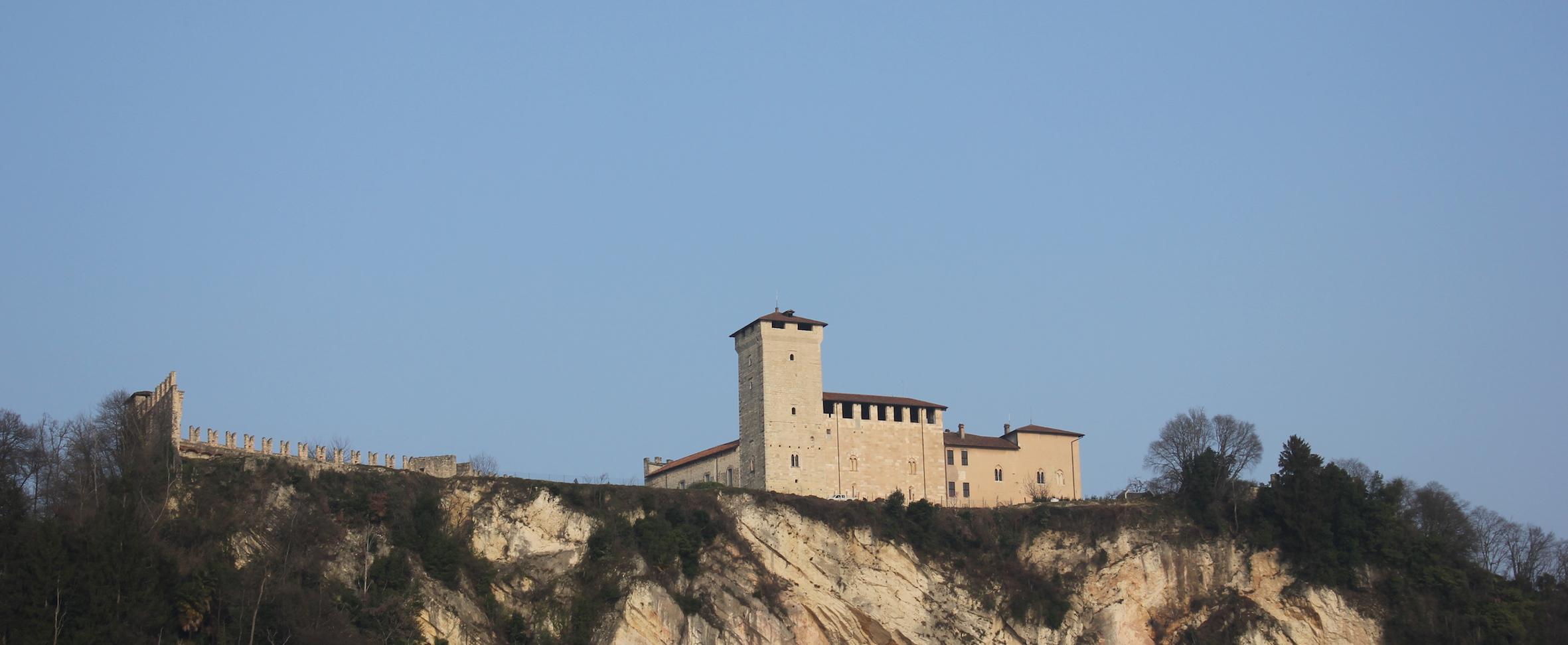 Cosa vedere sul lago Maggiore: la Rocca di Angera