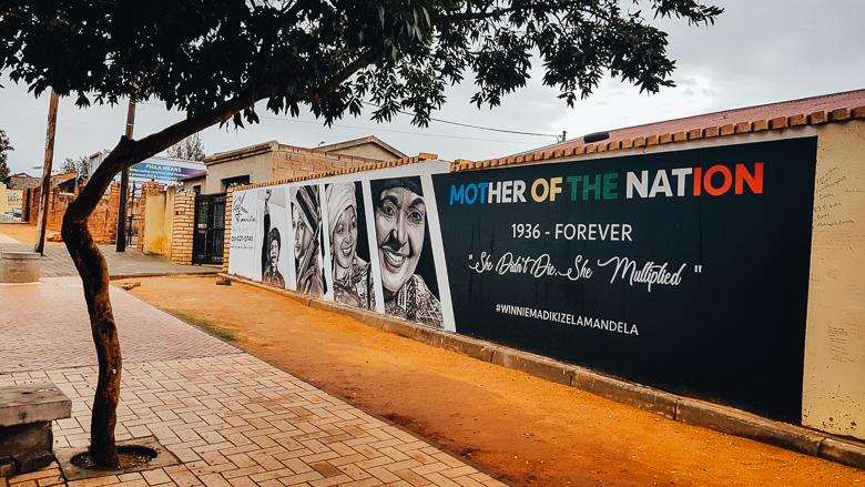 Murales dedicato a Winnie Mandela, a Soweto