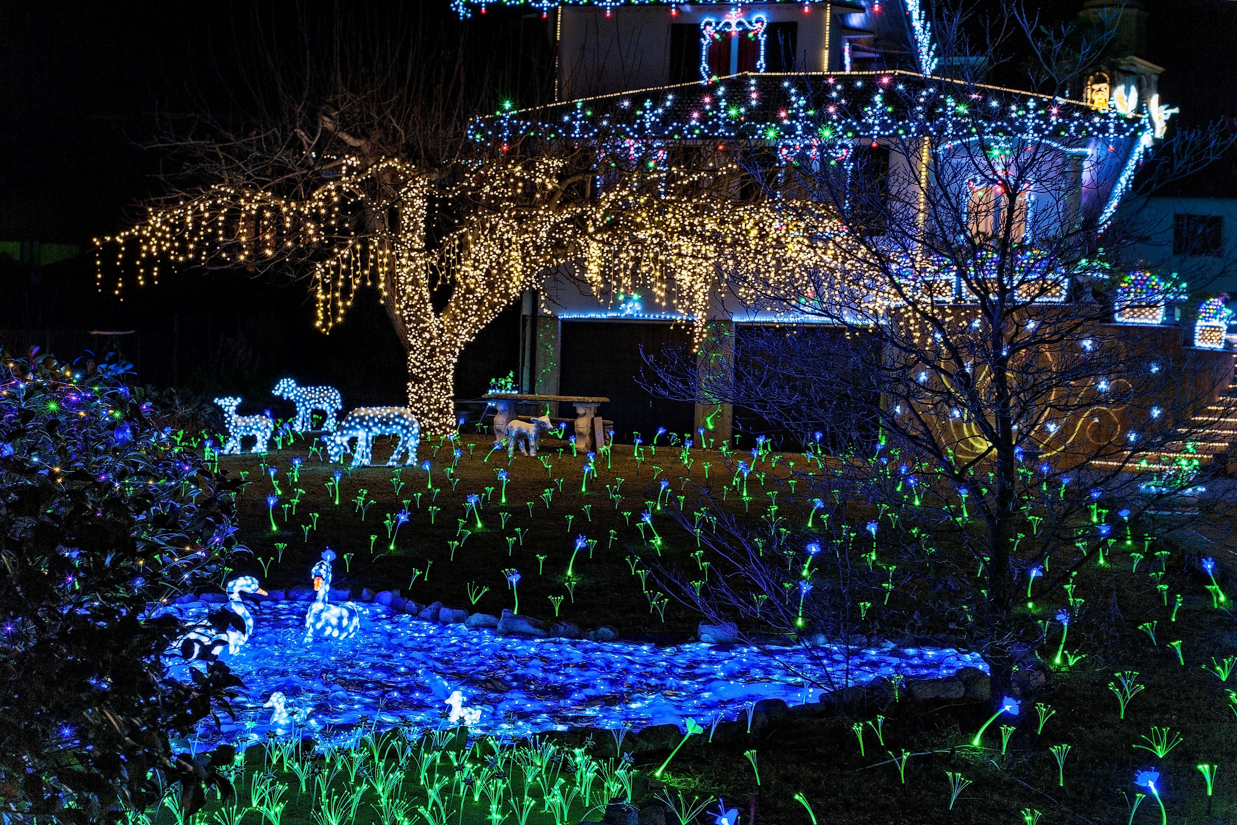 Lucine di Natale a Leggiuno 2018: date e info per non perdersi il magico evento!