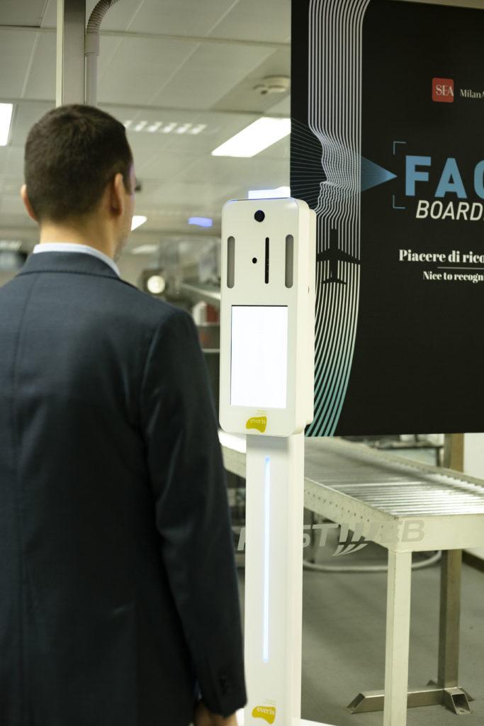 face boarding linate