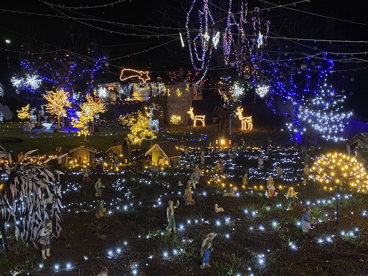 Dove vedere le lucine di Natale sul Lago Maggiore (sponda lombarda)