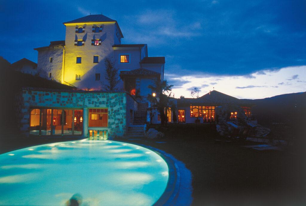 Romantik Hotel Turm piscina panoramica