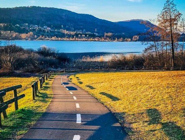 Giro del lago di Comabbio a piedi